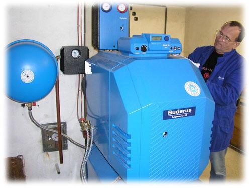 Vytápění kotlem na kapalná paliva patří mezi komfortní způsoby topení